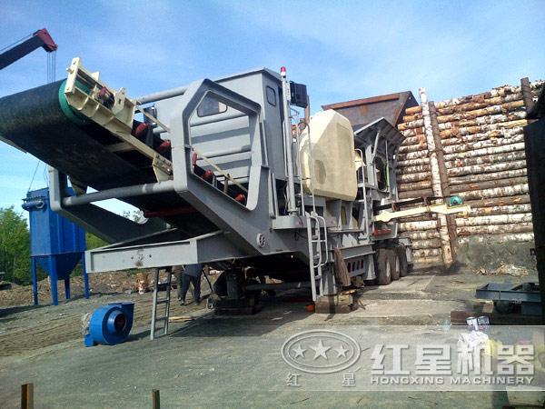 时产150吨-300吨汽车车载移动碎石机灵活工作现场