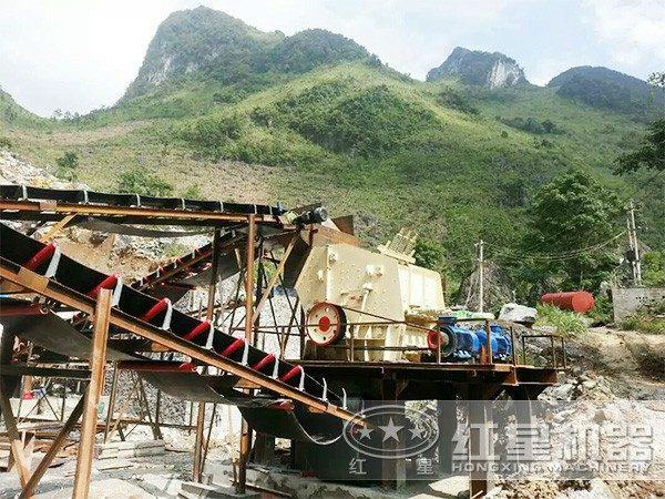 津巴布鹅卵石碎石生产线现场