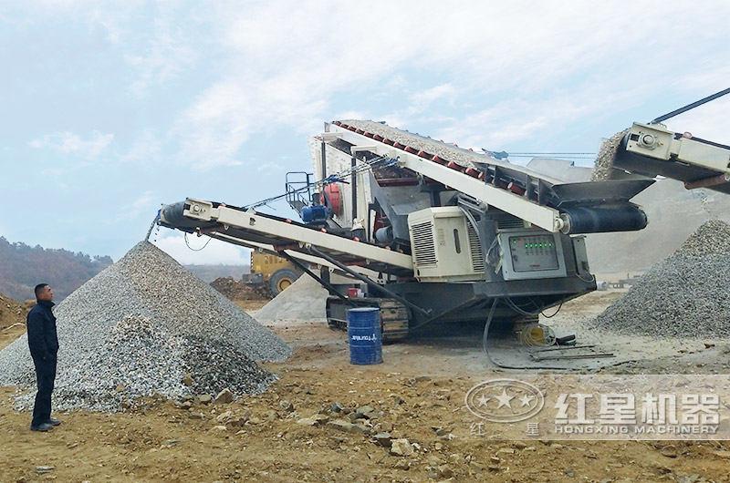 车载一体碎石机占地小,工作灵活