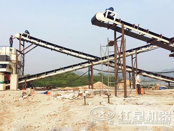 时产20吨河沙制砂机工作现场