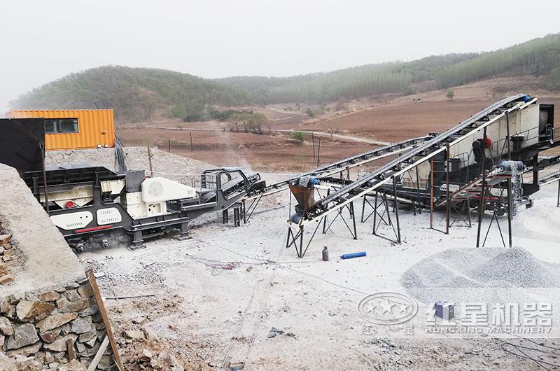时产200-300吨青石移动磕石子机工作现场