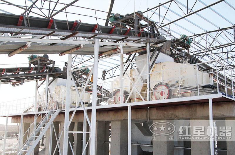 配鄂破机+反击破的日产6万吨石子破碎生产线现场2