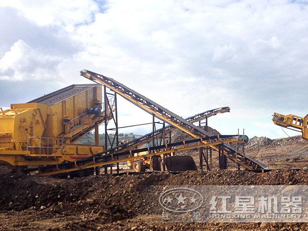 山西临汾新型节能环保移动打砂机工作现场