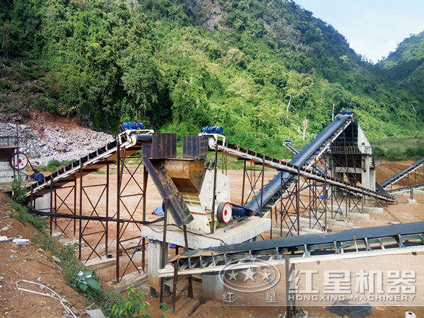 日产1500-2000吨的河卵石制砂生产线现场