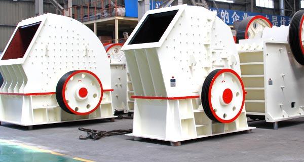 多快好省,时产100-3000吨PCZ重锤碎石机(巨石破)价格实惠,打造破碎实力派