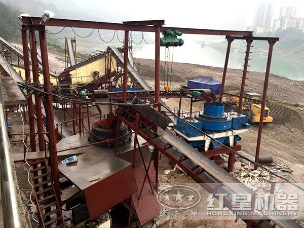 河卵石制砂生产线工作现场