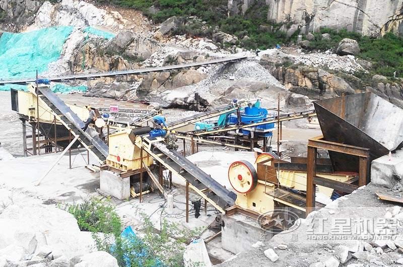 整套时产300-500t的石英砂制砂生产线现场