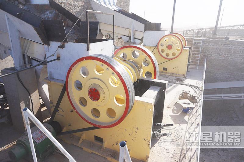 时产300-500t石英砂制砂现场