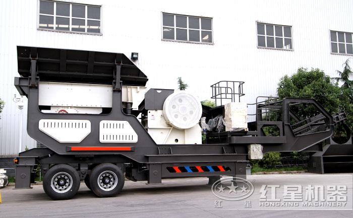 移动大型石头粉碎机:搭载鄂破机
