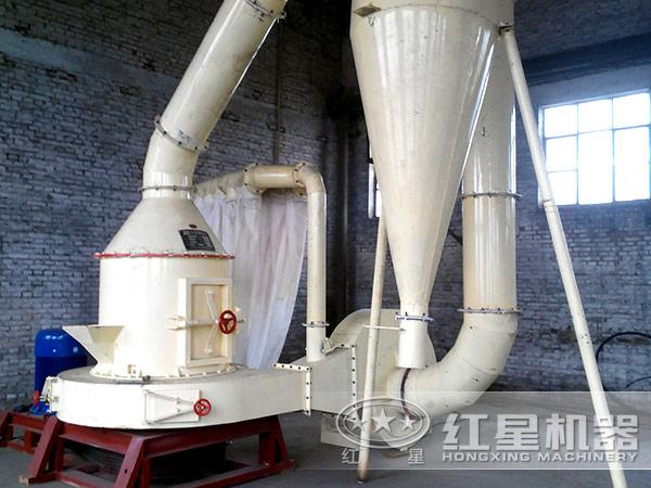 石膏雷蒙磨粉机加工现场