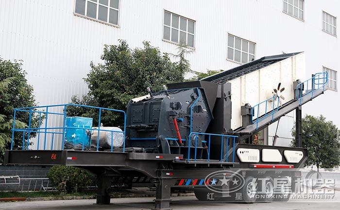 一小时200吨到300吨的可移动轮胎打石子机