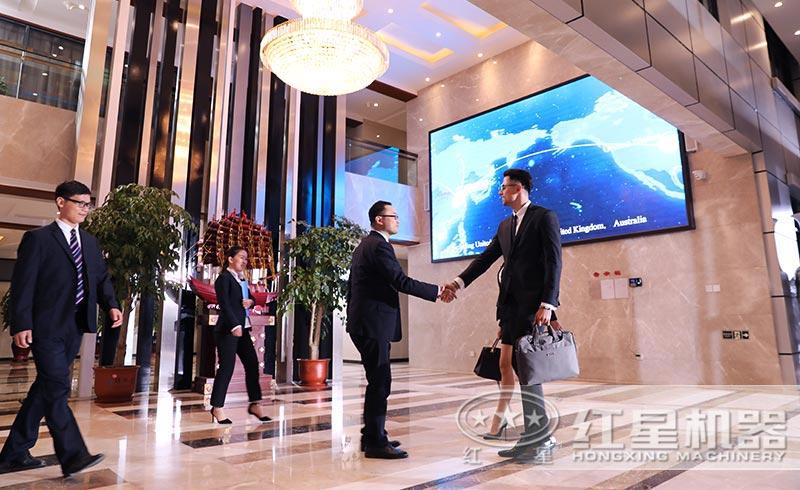 红星厂家与国外客户合作