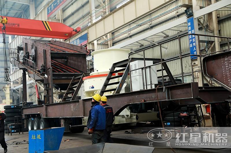时产200吨小型移动破碎车,配制砂机,专业厂家,价格实惠