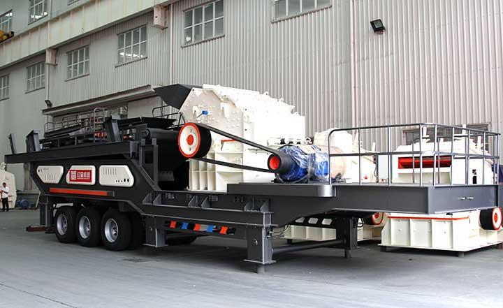 可移动混凝土粉碎机:配高效细碎机