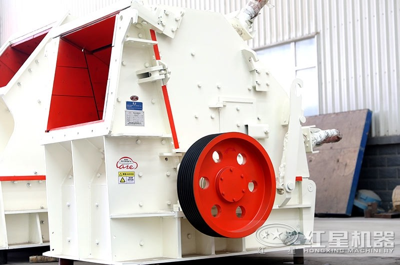 反击式破碎机,适用于中低硬度物料,粒型好