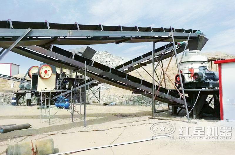 时产400吨新型鹅卵石制砂生产线现场