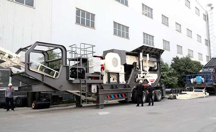 可移动煤矸石粉碎机:配颚破机