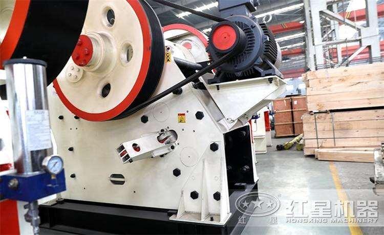 CJ鄂式粉碎机,产量120-1590t/h