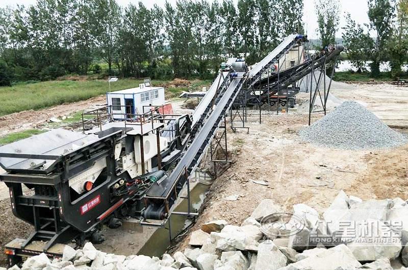 时产200吨移动磕石机生产现场
