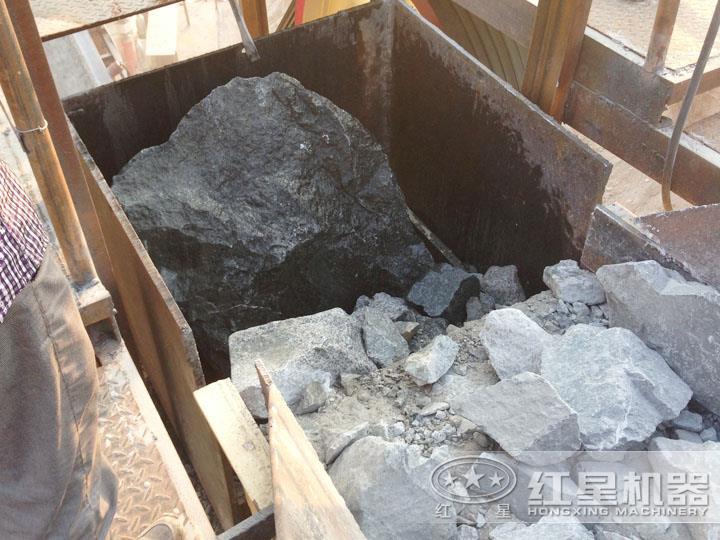 印尼尾矿加工现场,进料粒度大,出料5-10mm