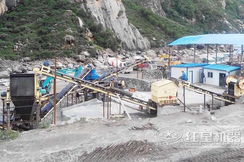 固定时产500吨石灰石制砂生产线现场