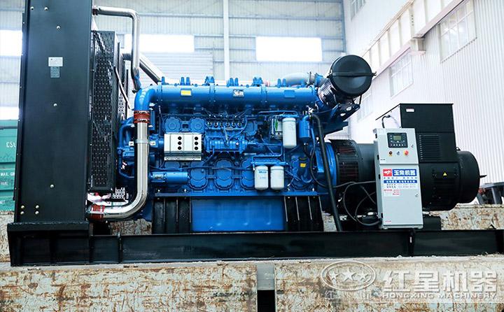 PE1200\*1500颚破机配大功率电机,动力足,现场作业更效能高
