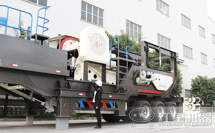鄂破移动破碎站产量85-275t/h,给料+粗碎+传输