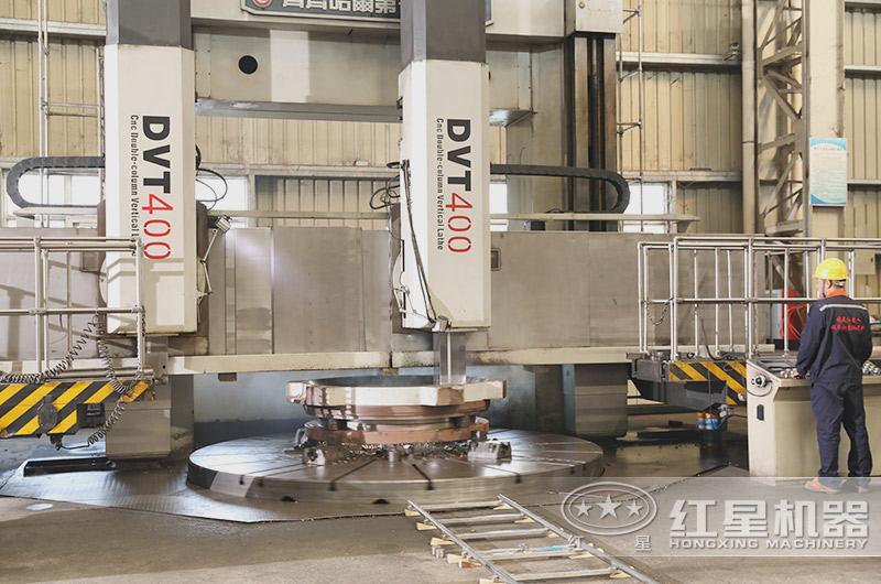 时产300吨环保干式制砂机生产车间