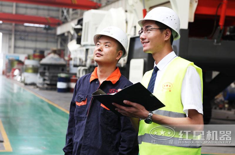 红星厂区提供量身定制移动锤式打砂机
