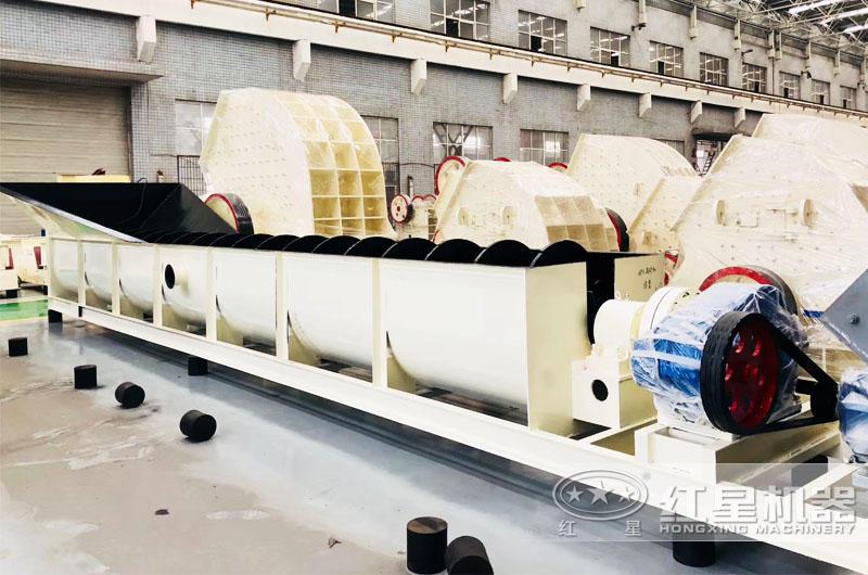 螺旋式洗砂机机身长8-11米,可与机载车身衔接合理