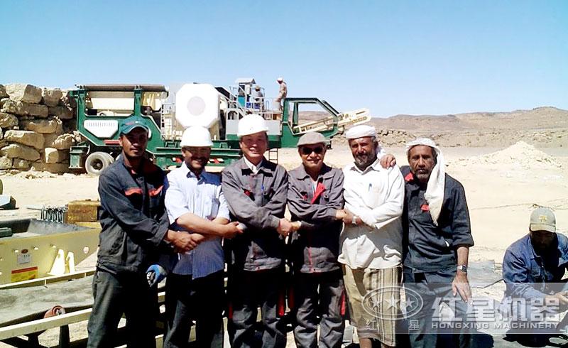 时产500吨的固定机制砂石骨料生产线现场