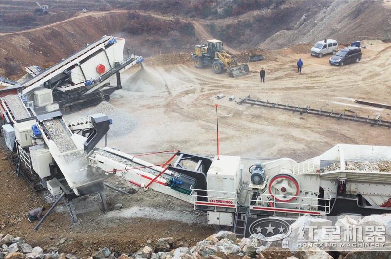 广州履带式全自动流动碎石打沙机生产线现场