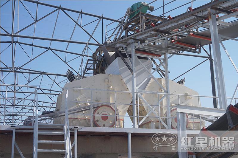 时产一千吨青石石料制砂生产线现场