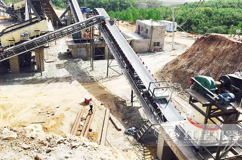 山东大型采石场圆锥破碎机生产现场