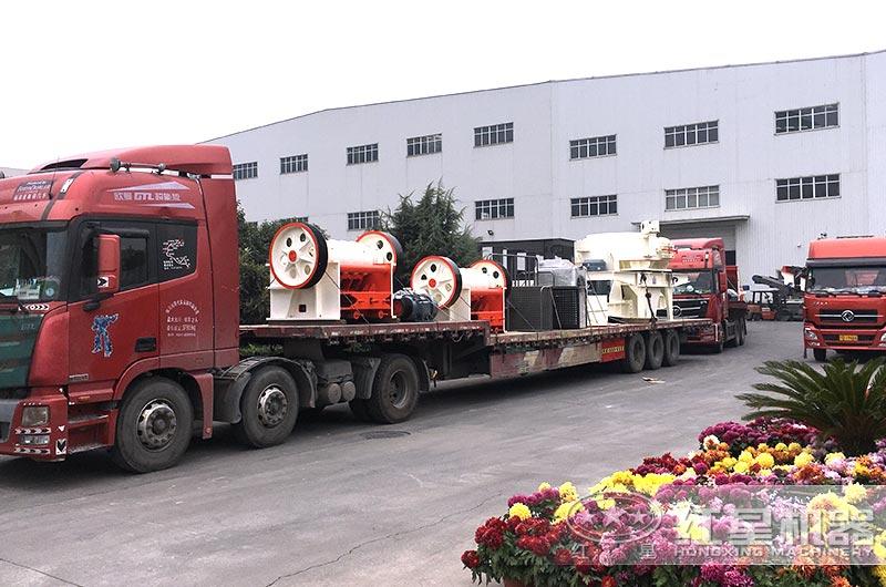 整套年产10万机制砂生产线设备发货