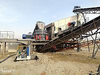 时产500吨大型移动式破碎机多少钱一台?