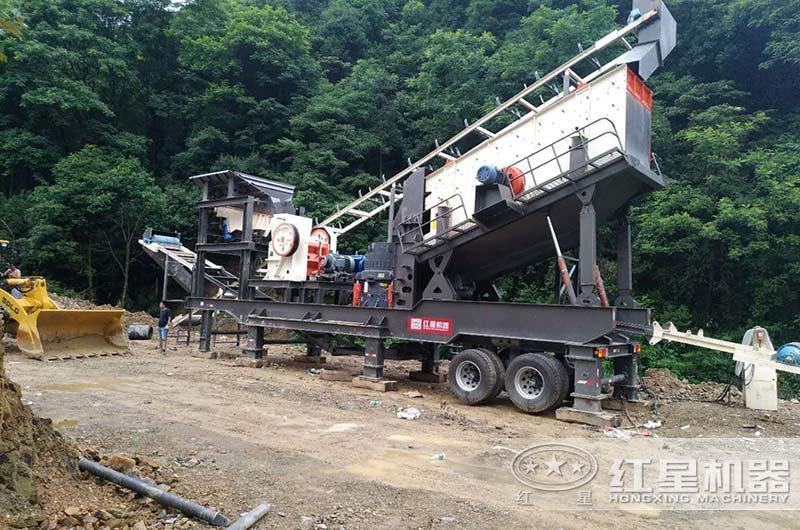 四合一配置移动砂石料生产线