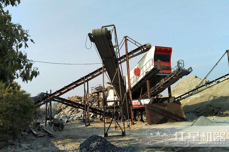安徽客户大型移动石头磨砂机作业现场