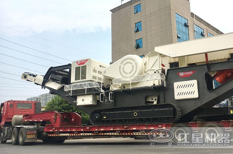 时产200吨移动制砂机发货