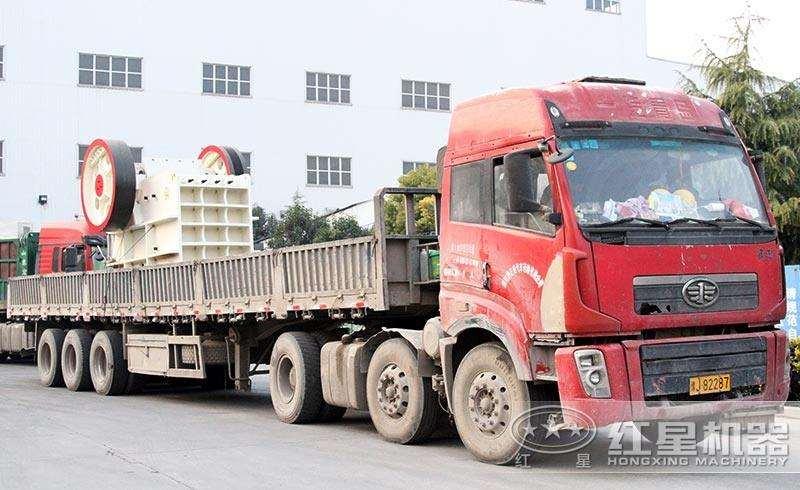 时产400吨-500吨青石破碎机发货