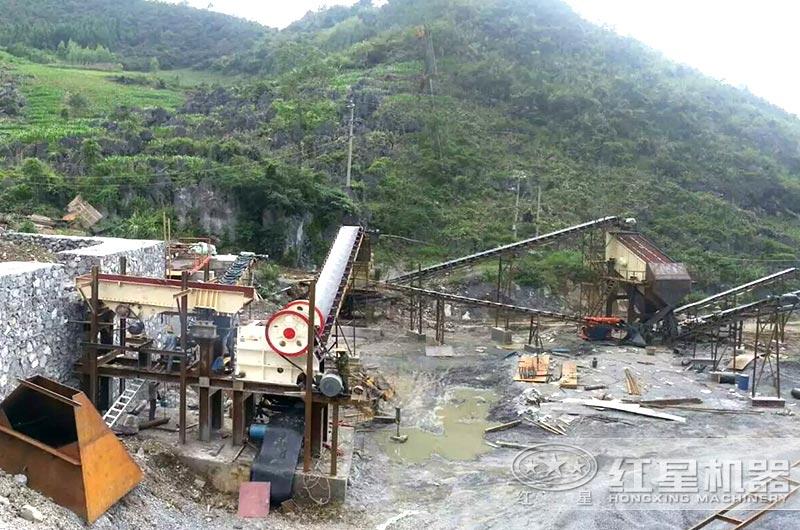 山西日产2000吨小型碎石机现场