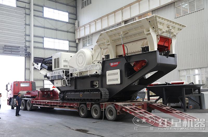 移动式煤矸石粉碎机设备发货