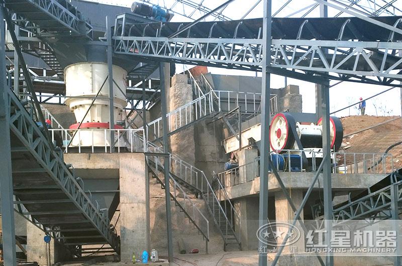 江苏时产200吨花岗岩破碎制砂生产现场