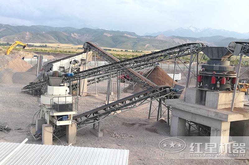 时产100吨鹅卵石制砂机生产现场图片