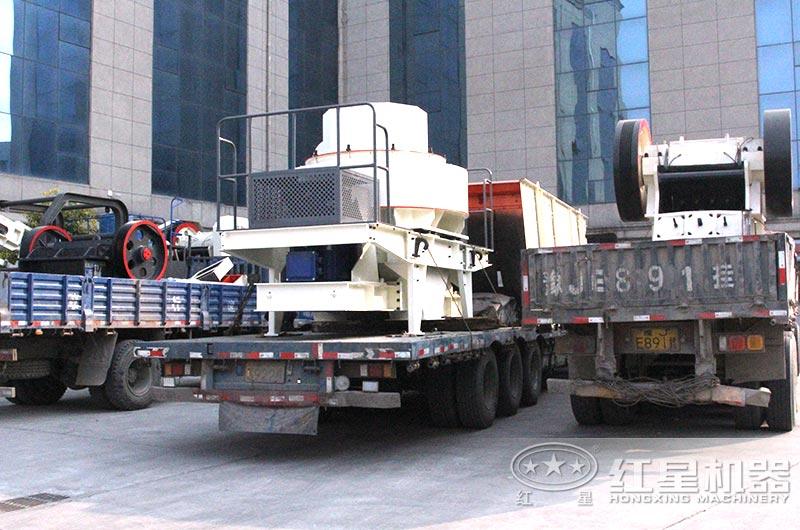 时产300吨砂石细碎生产线设备发货