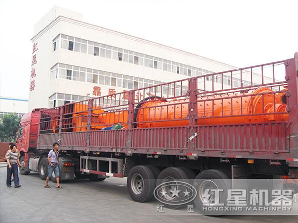 粉煤灰球磨机设备发货