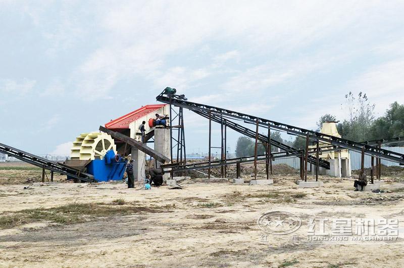 安徽客户小型石头碎沙机工作现场