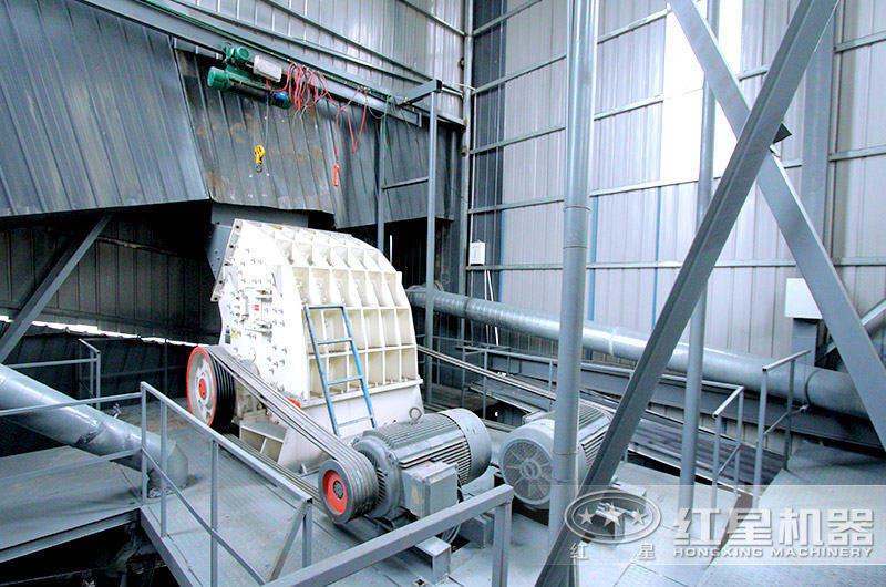 锤式废旧石料制砂机生产现场图片