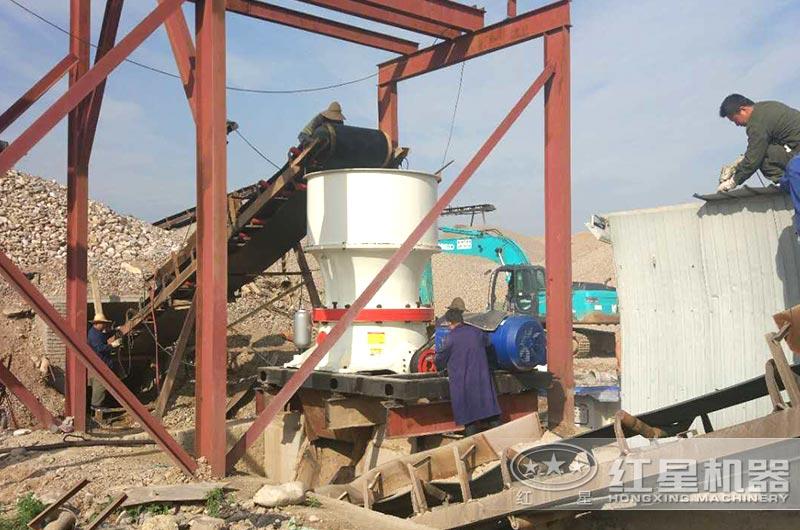 河北鹅卵石破碎生产线实拍图