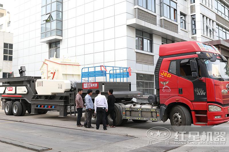 小型建筑垃圾粉碎机设备准备发货